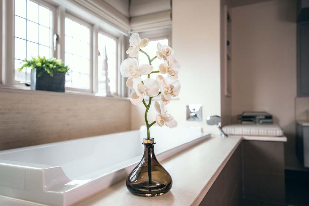 Senti The Orchid - Bathroom