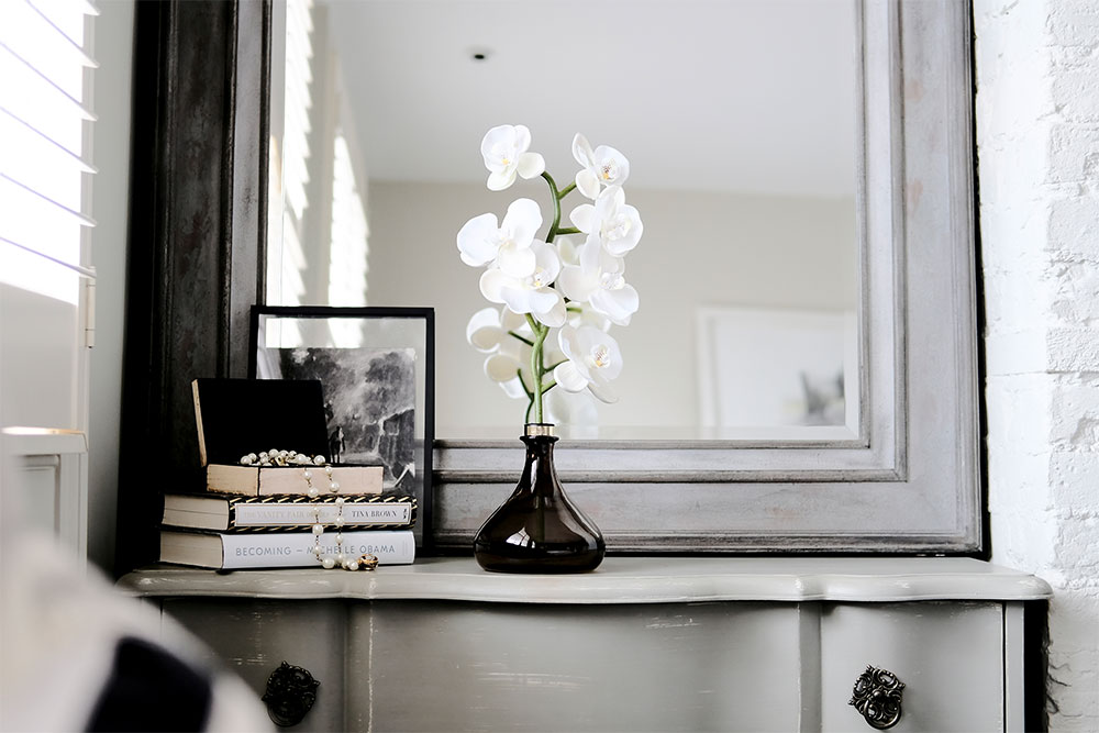 The Orchid Reflecting
